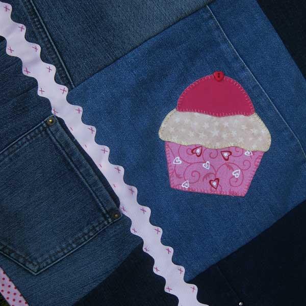 Cupcake Picnic Rug